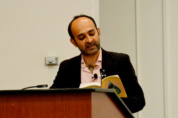 Photo of Mohsin Hamid reading from his latest book, How to Get Filthy Rich in Rising Asia.