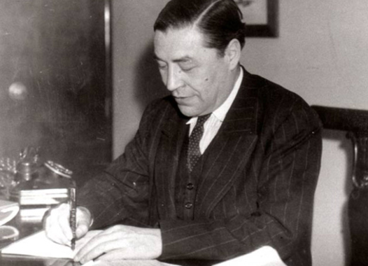 "Spanish journalist Josep Pla works at the office of the weekly ""Destino"" in 1942. Stanford Professor Joan Ramon Resina is working to bring Pla's works out of obscurity."