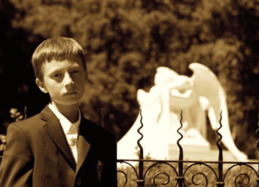 Still image from Glass Wave's Annabel Lee video