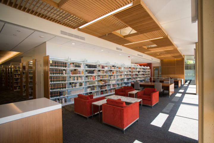 A comfortable reading room in Stanford's new Lathrop Library will beckon students when it opens Sept. 15, just in time for New Student Orientation.