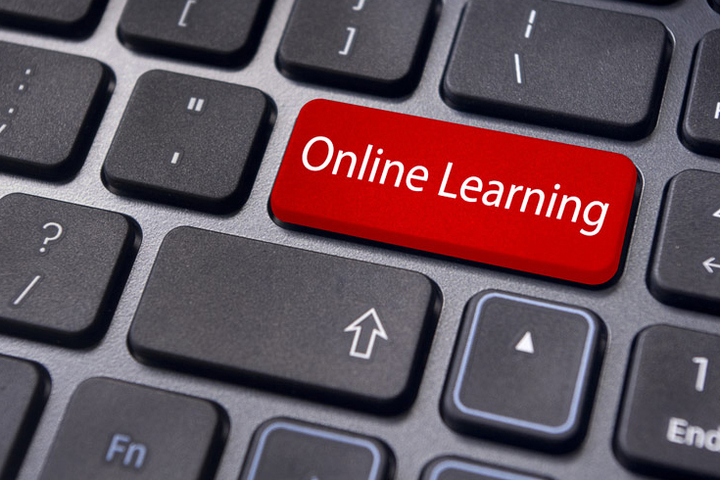 Online learning hasn't lived up to its original billing, Stanford experts say, but it has produced unexpected insights into how people learn.