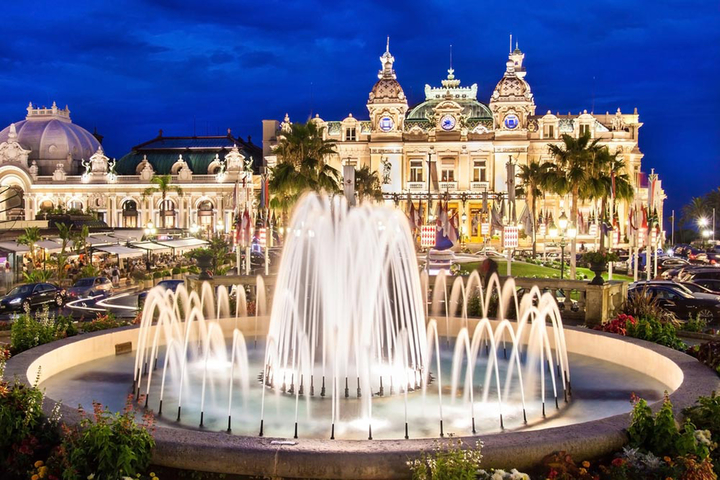 Stanford lecturer Mark Braude explores the history of Monte Carlo's famous casino in a new book.